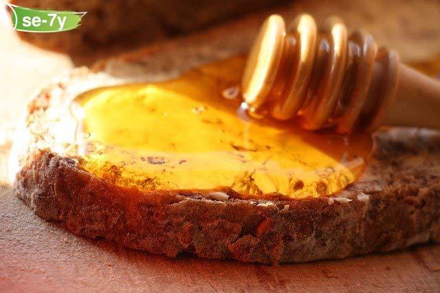 العناصر الغذائية المفيدة في العسل